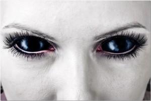Sirah - Black Vampire Eyes